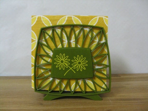 Groovy Retro Napkin Holder in Avocado and Gold