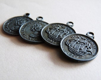 Vintage Brass Coin Charms - Set of 5 - Scrapbooking, DIY, Jewelry making, kids crafts