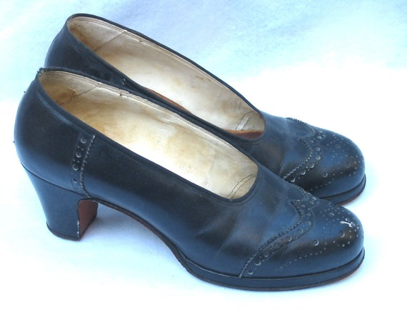 1940's Vintage Black Platform Shoes From Shanghai Size 7 ish