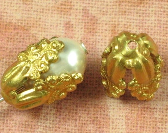 6 Raw Bare Naked Brass Renissance Filigree Bead Cap 681