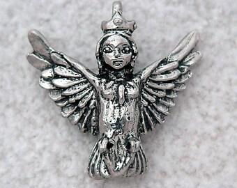 Green Girl Studios Harpy Queen Pewter Pendant