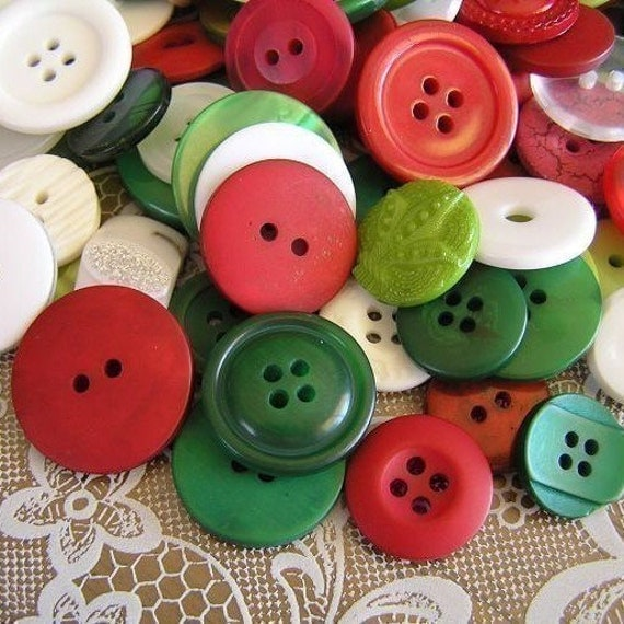 On SALE 25 Holly Jolly Christmas Medium to Large sized Button Mix Buttons Red Green White Buttons