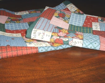 Quilt Lover Cotton Fabric Table Runner, Small Table Cover w/Ties & Pillow Cover. Handmade 3 Piece Set