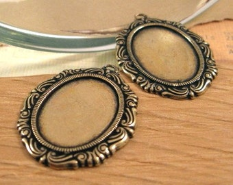 Victorian 18x13mm Oval Settings in Antique Gold - 2 Count
