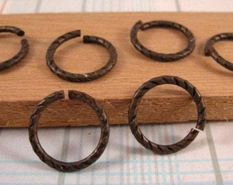 Jump Rings in Vintage Patina-Etched 16 mm - 4 Count