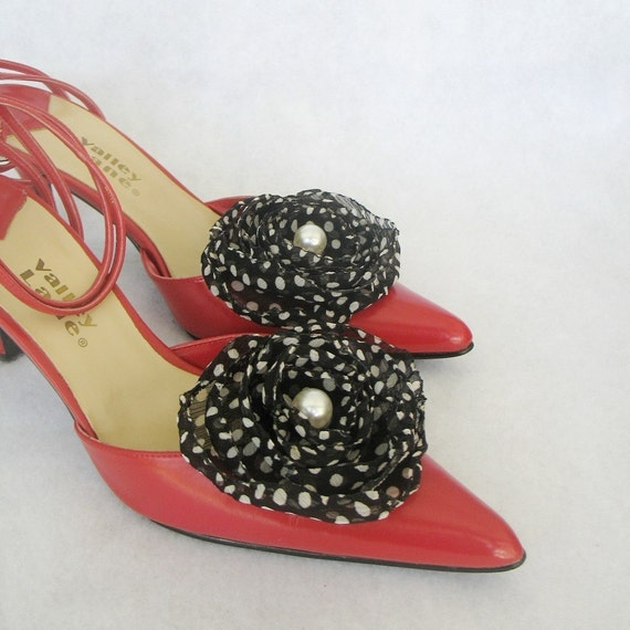 Polka Dots Black And White Rose Shoe Clips