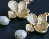 Hydrangea Pearl Dangles