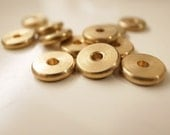 12 pieces of  vintage solid raw brass flat  bead saucer disc shape spacer 10mm across thick nice weigh