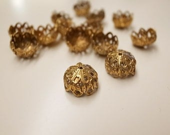 20 pieces of vintage raw brass filigree design bead cap with hole 13mm across 8mm tall