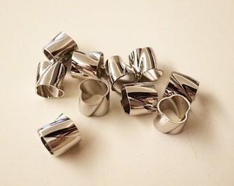 SALE - 50 pieces of vintage cut raw brass bubble tube cloud shape bead cap 7x7.5 mm twist swirl with plating in steel  tone