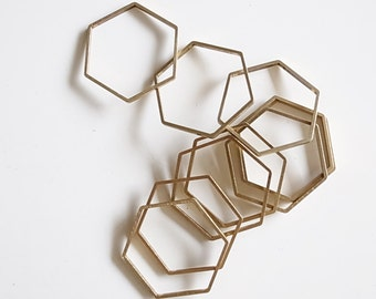 8 pieces of newly made raw brass tube outline charm in hexagon shape geometric art deco 25 x 22 x 1 mm