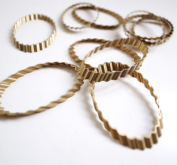 8 vintage cut brass tube slice ribbed oval ring 38 x 25 x 3 mm cool texture