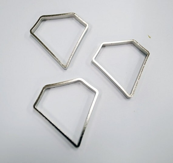 12 pcs of cut raw brass thick tube outline charm in large diamond shape 23 x 23 x 2.5 mm plated in steel color