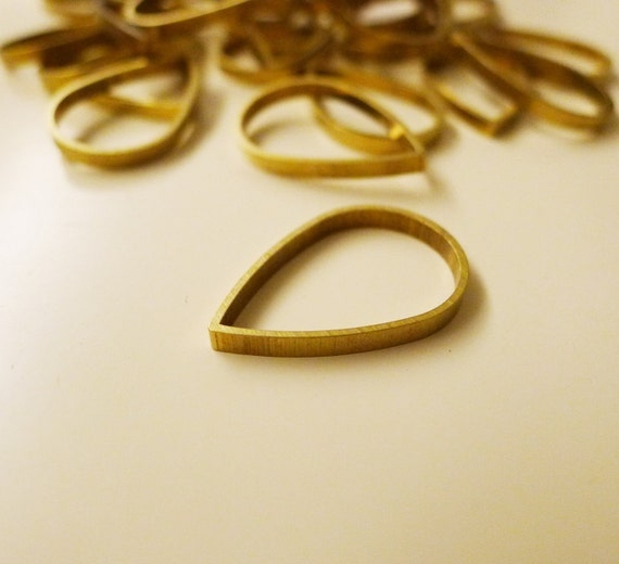 20 pieces of newly made raw brass tube outline charm in teardrop shape in 25x2.5mm dangle thick