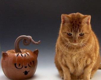 Pottery, Stoneware, Handmade, Handthrown, Cat, Pumpkin, Orange cat O'Lantern,  John Bauman