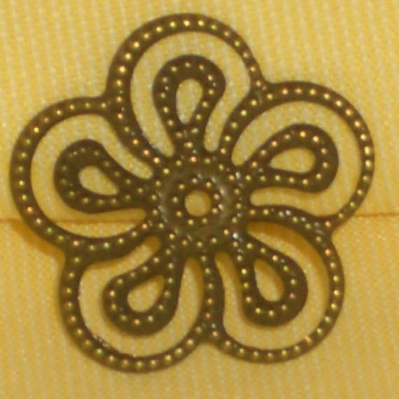 stackable\/bendable vintage style antiqued metal flower filigrees 24 pcs