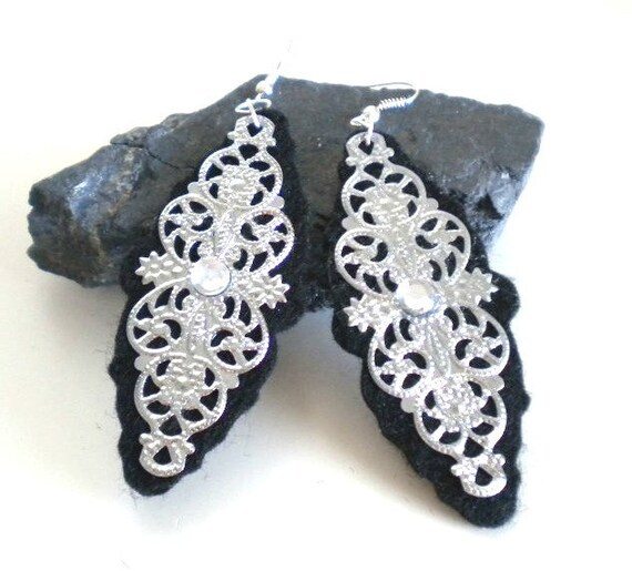 Black Felt and Silver Filigree Flower Earrings (Medium)