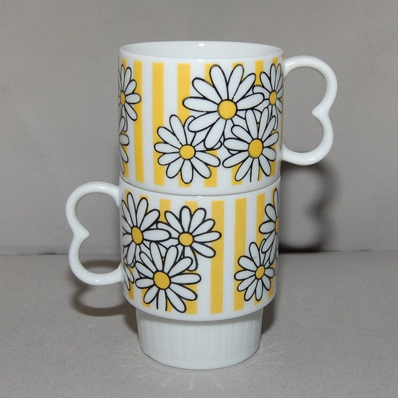 MOD Retro Daisy Stackable Ceramic Cups, Pair