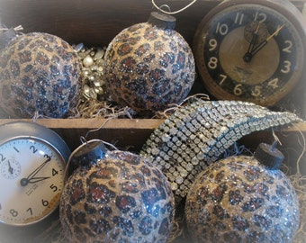 FAB LeOpArd AniMaL PriNt OrnAmeNts FreNch InsPireD ChiC x4