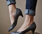 Gray leather High heels in size 8.5, 81/2