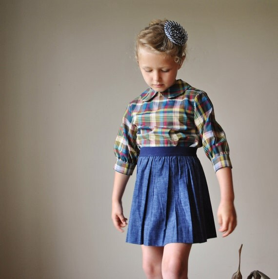 1960s Dark denim Skirt, size 4-6