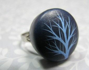 adjustable ring - navy blue winter tree