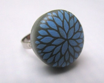 adjustable ring - petal burst in gray and blue
