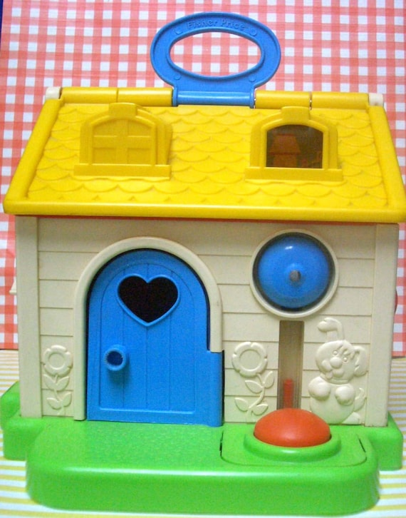Reserved for sarahsusername vintage fisher price 1984 little for Classic house from the 90s