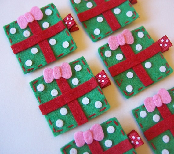 Christmas Gift Felt Hair Clip - Red and Green - A cute holiday clippie - Sale Price