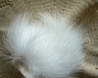 BABY OSTRICH  FRINGE/ White / 351 / Clearance