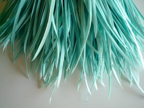 GOOSE BIOT FEATHERS, Aqua Blue, Sea Glass Blue   /  716