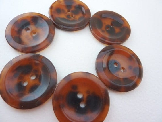 6 x Brown Buttons - Faux Tortoiseshell - slight seconds