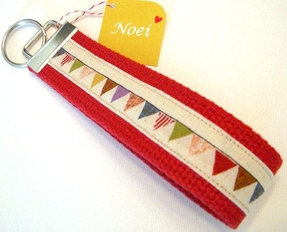 bunting - wristlet key chain