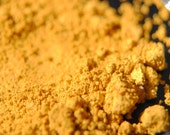 Dorothy - Natural Vegan Eyeshadow Golden Yellow