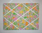 New memo board made with Lilly Pulitzer Pink Beach Jam Moon Glow fabric