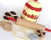 Felt Food Cookie Jar- PDF Pattern  rolling pin, cutters cookies and Jar
