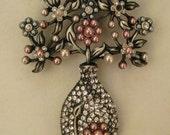 Vintage PIN BROOCH Rhinestones Pearls large bouquet in vase silvertone 4 x 2