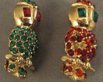 Vintage 0WLS PINS PAIR Rhinestones Red and Green on goldtone 1 inch  long
