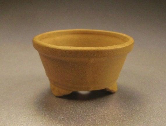 BONSAI MINIATURE POT light brown color old stock Japan stoneware with ridges feet app 2 x 1