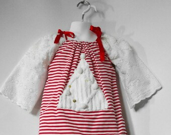 Girls Red Christmas Dress. Christmas Pillowcase Dress. Christmas Tree Dress. 2 Dresses in 1. Size 3T to 4T.