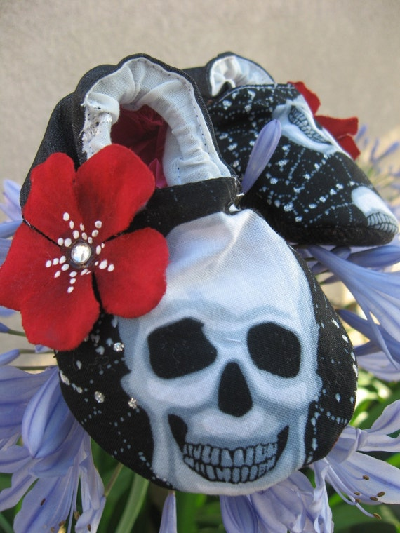 Fabric Fashion Embelished Baby Booties-- Black web w/Skulls with red rhinestone flower petals