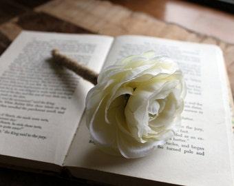 Rustic Guest Book Pen- White Ranunculus