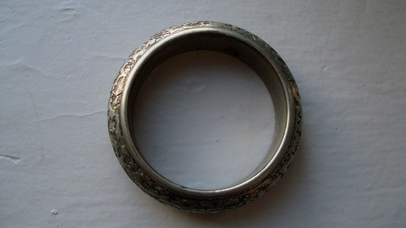 Textured Silver, thick bangle bracelet, small size.