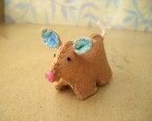 Petite Pig - Caramel
