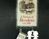 20 CENT ABE LINCOLN READING POSTAGE STAMP CHARM PIN