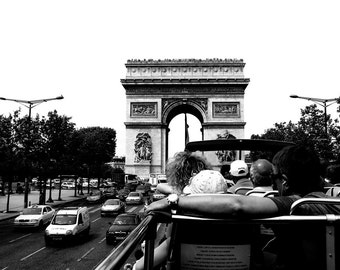 L'Autobus de Paris Photographic Print -8x10