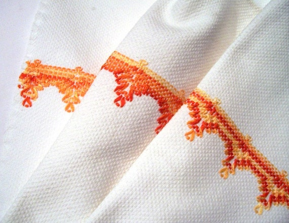 Vintage Embroidered Huck Towel in Orange Red and Yellows