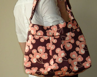 Sale Pleated Shoulder Bag with Adjustable Strap - Amy Butler August Fields, Bright Buds in Chocolate