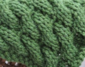 Chunky Cable Blanket Baby Prop - Green Chunky Cable Newborn Wrap - Cocoon - Basket Trench Bowl Blanket - Snuggle Blankie in Grass Green
