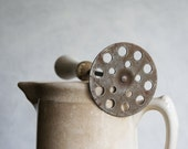 Farmhouse Kitchen Masher with White Handle - susantique